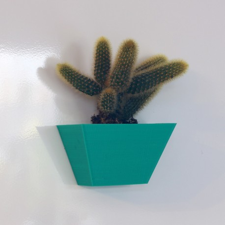 Magnetic Planter - Angled